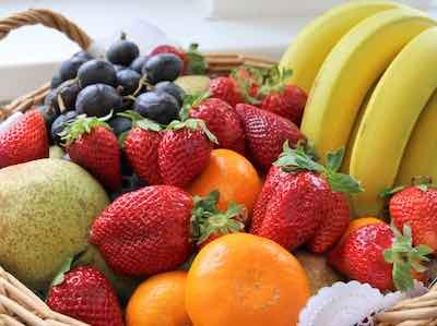 Müsli selber machen verschidene Obstsorten